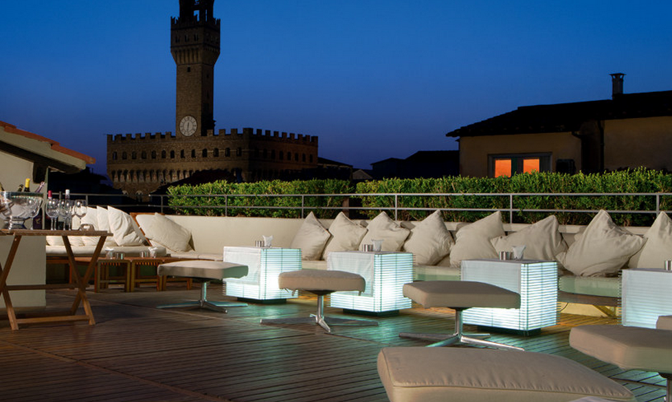 Terrazza continental ferragamo god save the wine